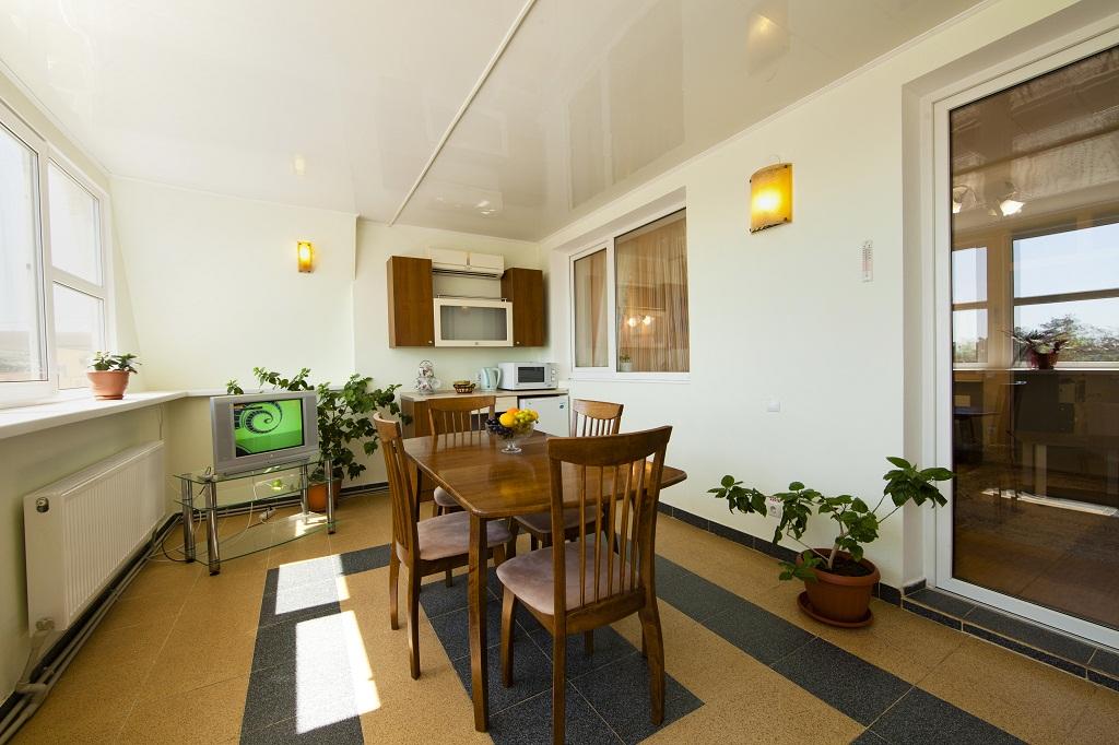 2 комнатный люкс-студио кухня