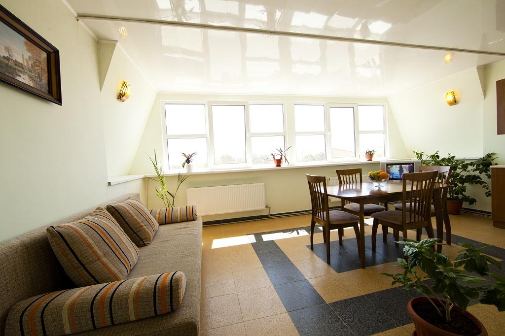 2местный люкс-студио кухня